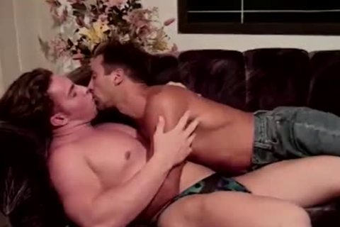 Macho Paul Morgan acquires A Beef Injection From Keith Austin