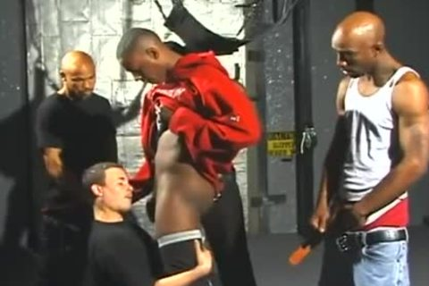 delicious White males Opens Wide For Interracial Gangbanging joy
