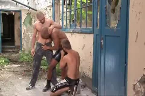dirty Outdoor 3some