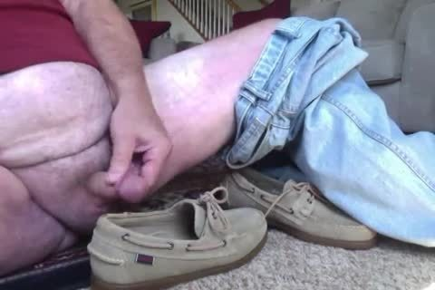 Here I am Wearing My recent Beige Suede Sebago Docker Boat Shoes.  They actually Feel Great On My Feet And Make My cock Tingle Just Wearing 'em.  I Hope Your cock Will Do greater quantity Then Tingle As u Watch Me Show Off those wet Boats Shoes And