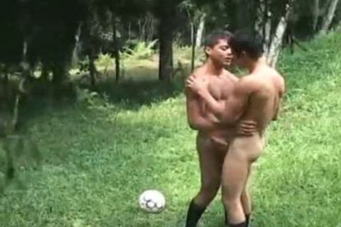 Futbol three - Scene 4 - The French Connection