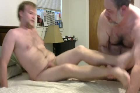 In A Last Minute Invite, WngXStpXCub Comes Over And We Enjoying sucking Each Other, ass banging His ass, giving a kiss Etc.  In This clip Is The First Time The Cub Has Taken A 10-Pounder Up His ass And that chap Handles It Like A Pornstar.  A