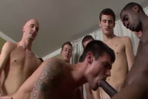 Tall Hunk acquires His darksome gap pounded Barebacked