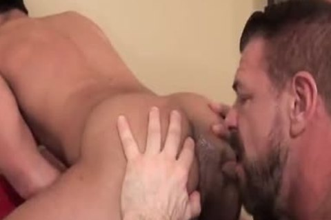 bare That gap Rocco Steele And Eli Lewis
