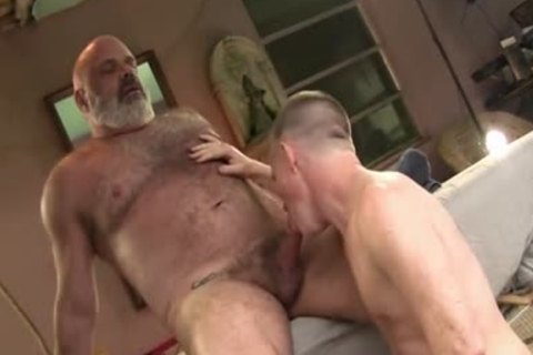 men With Great pecker pound worthwhile Daddy Bear