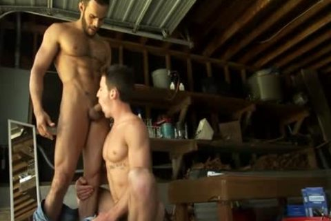 Toying muscular Hunk ejaculated