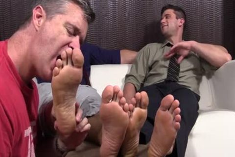 nasty dudes Cole And Kenny Love To Have Their Feet Worshipped