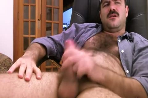 hairy Daddy Strokes fat dick & Cums