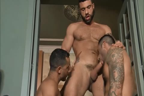Grown man threesome Latin