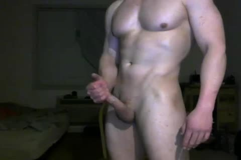 bold cam dude Jerks Off And Cums