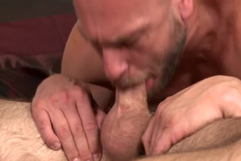 men O 30 Morning Wood_Devin Adams_Hans Berlin