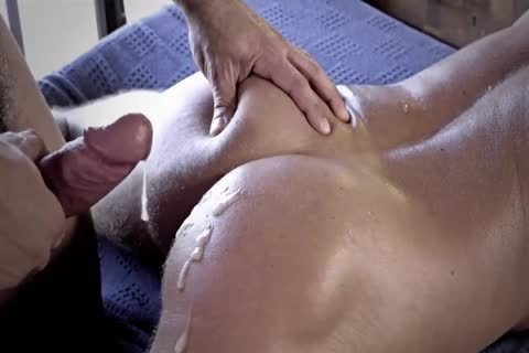Muscle studs raw Escape