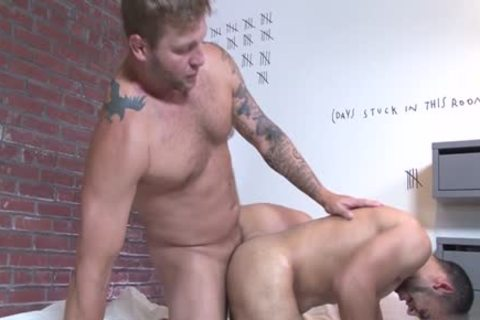 Muscle homosexual oral stimulation-job And Facial