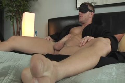 Muscle Son Flip Flop And cumshot