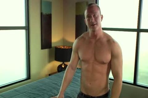 Muscle gay oral enjoyment-sex And Massage