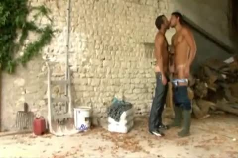 Two homosexuals In The Farm)