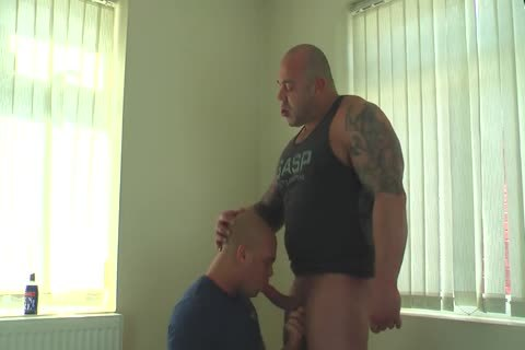 Muscle Daddy Glazing Sons hole raw