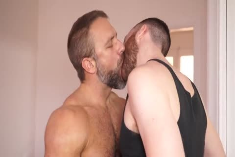 large Dicked Ginger fucks Daddy