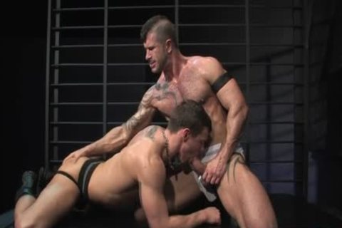 Muscle homosexual Flip Flop With ass goo flow