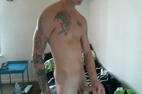 Tattoo Hunk Jerks Off