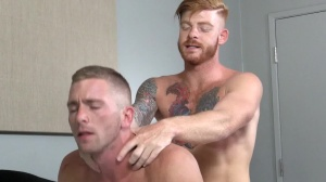 Straight chap's bitch - Bennett Anthony and Scott Riley pooper Hook up