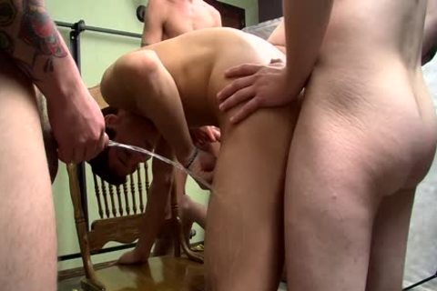 cock-sucker Bryce Corbin Blindfolded And pissed On fuckfest