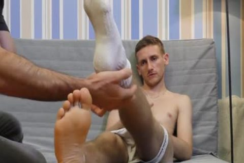 Hetero First Time. Serviced