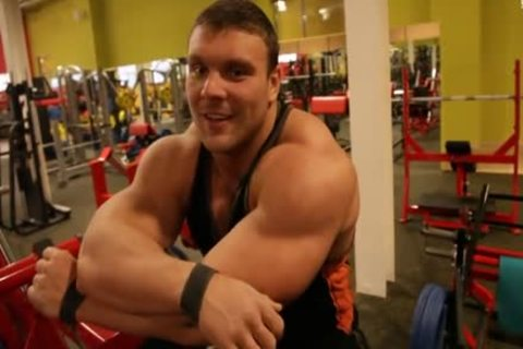 Ruso large (Russia Muscle)