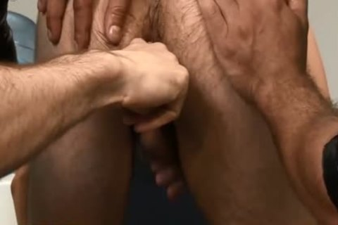 The str8 Touch