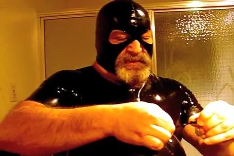 #GAGBEAR - moist Rubber Kink