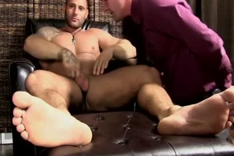 Mike acquires His Feet Worshipped