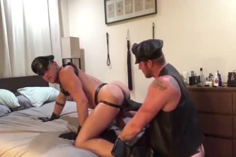 Leatherman pokes Leathertwink undressed With special Cockring