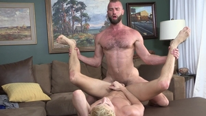 FamilyDick.com - Donnie Argento with Taylor Reign fingering