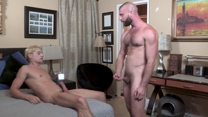 FamilyDick.com - Donnie Argento as well as Taylor Reign orgasm