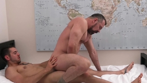 FamilyDick.com - Max Sargent getting smashed very nicely