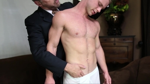 MissionaryBoys: Muscle jock Patriarch Smith digs disciplined