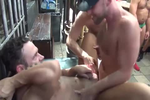 MusclePup Logan Moore receives bunch team-pounded Barebacked plow