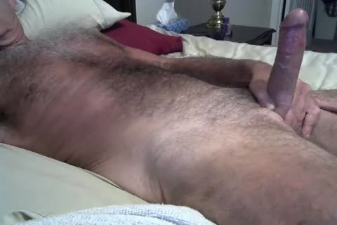 hairy Daddy Jerking On The sofa