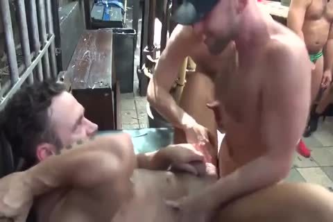 MusclePup Logan Moore Acquires bunch plowed Barebacked poke