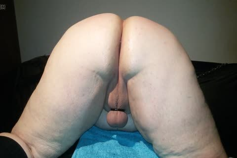 chubby anal Strecht Open To receive Filled