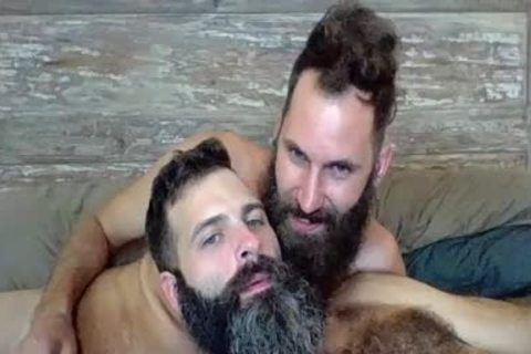 two Bearded Boyz pounding On Live