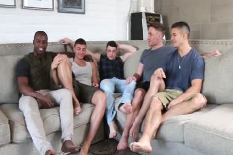 Hottest youthful boys! homosexual 5-Some orgy! All these youthful males So crazy To bang Each Other!