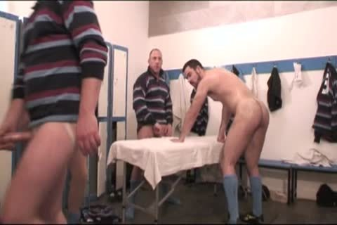 more charming Rugby Players (full clip)