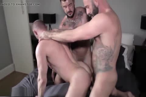 SexyStuds Kiss N FuckedDp 3some