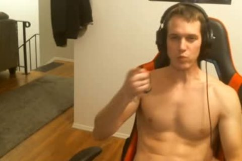 twink Masturbating while In Live