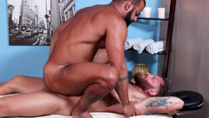 Men Over 30: Riley Mitchel & hairy Tony Orion rough rimming