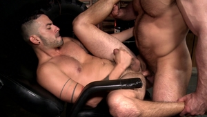 MenOver30: Caucasian Jaxx Thanatos pounded by uncut dick daddy
