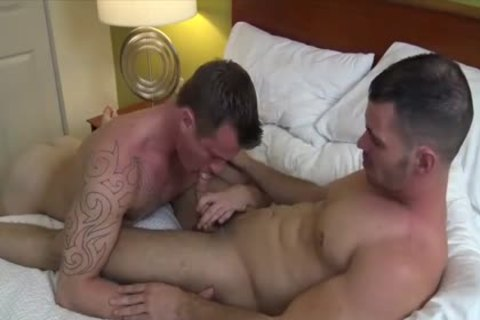 Nick Powers & Brogan Reed bare In Charlotte