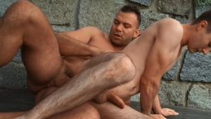 Bromo - Athletic Ricky exposing big dick