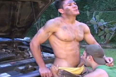 Muscle Ripped Mechanic acquires team-slammed
